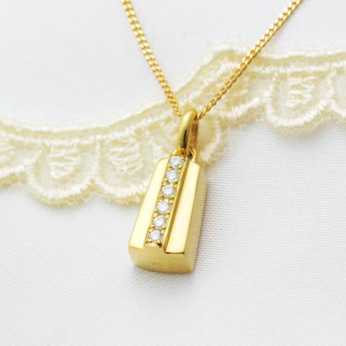 遺骨密封ペンダント(樹脂密封タイプ) ディアリーショート01ゴールドペンダント[刻印付き][ダイヤモンド又は誕生石] 完全防水 遺骨ペンダント